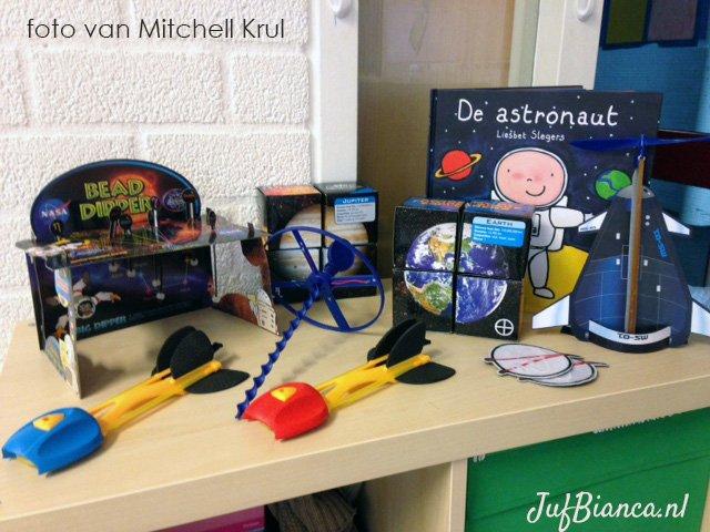 Thema het heelal - hoeken inrichten - door Mitchell Krul - foto 1 - Juf Bianca